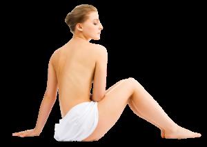 Mujer semi desnuda, tratamiento estético